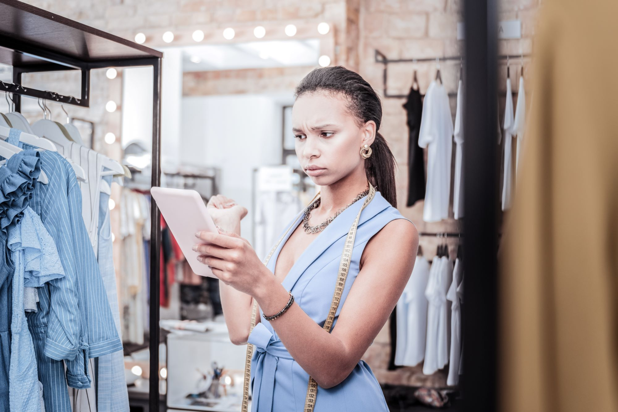 Tips For Turning Your Side Hustle Into a Thriving Full-Time Business
