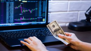 What Is A Stock Index and How Do You Invest in Them?
